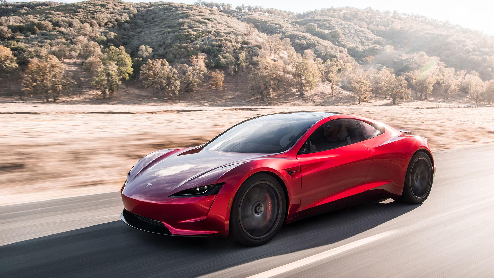 Tesla överraskar med ny Roadster