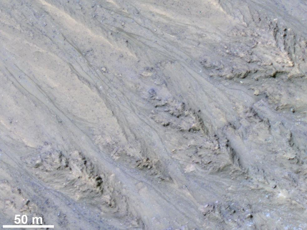 Flytande vatten på Mars är antagligen bara sand