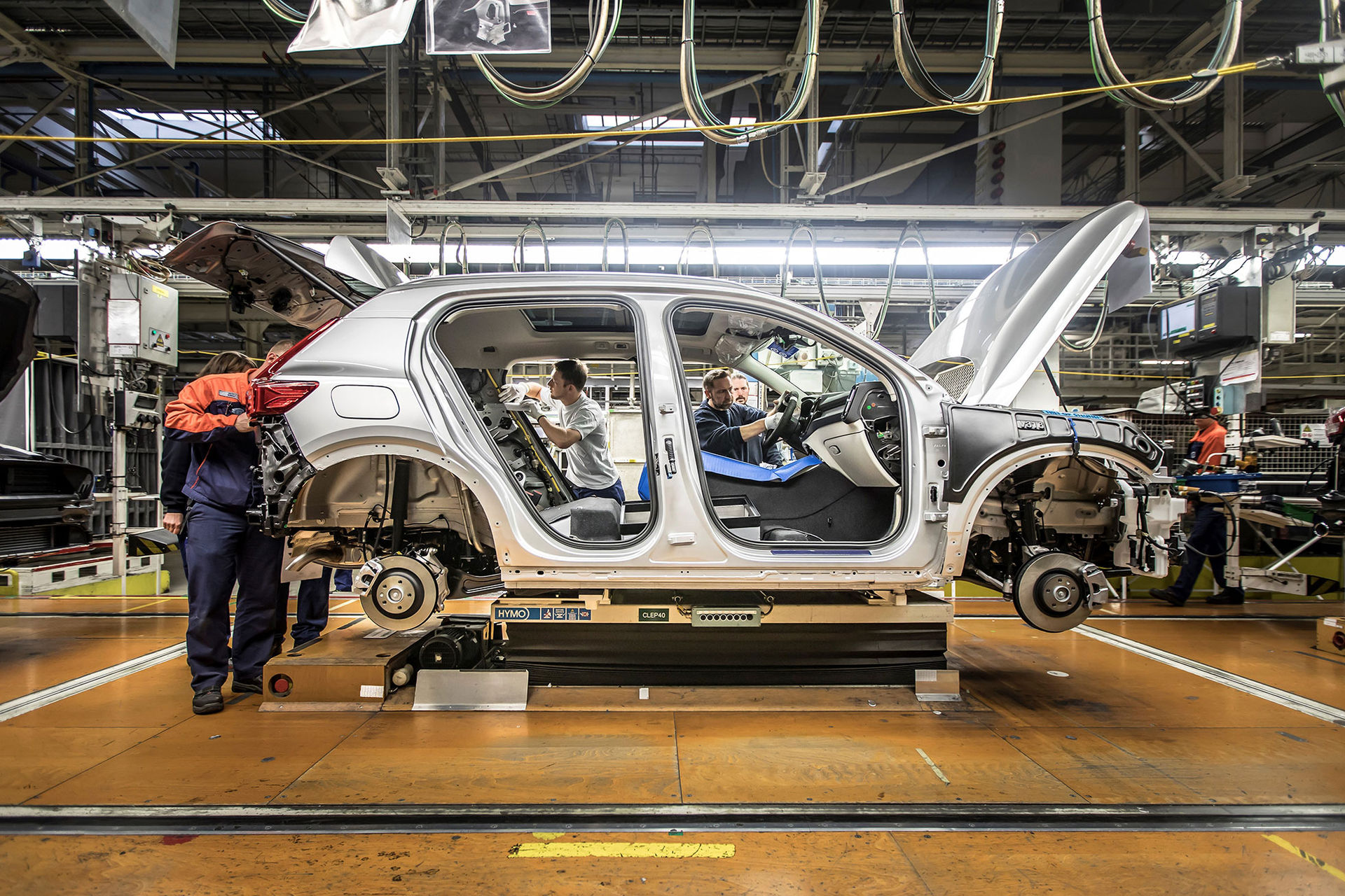 Nu börjar Volvo XC40 tillverkas!