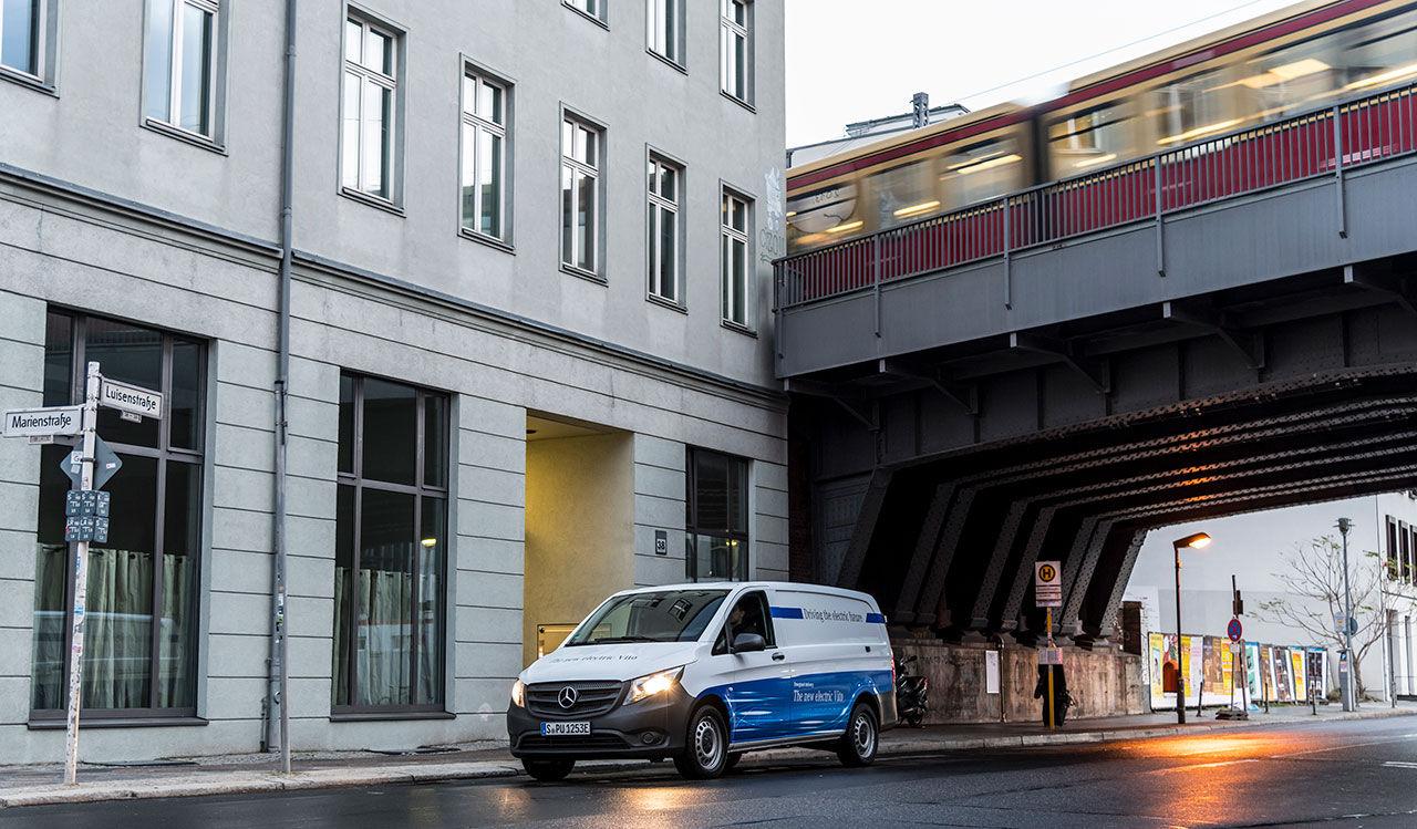 Mercedes transportbil Vito nu med ren eldrift