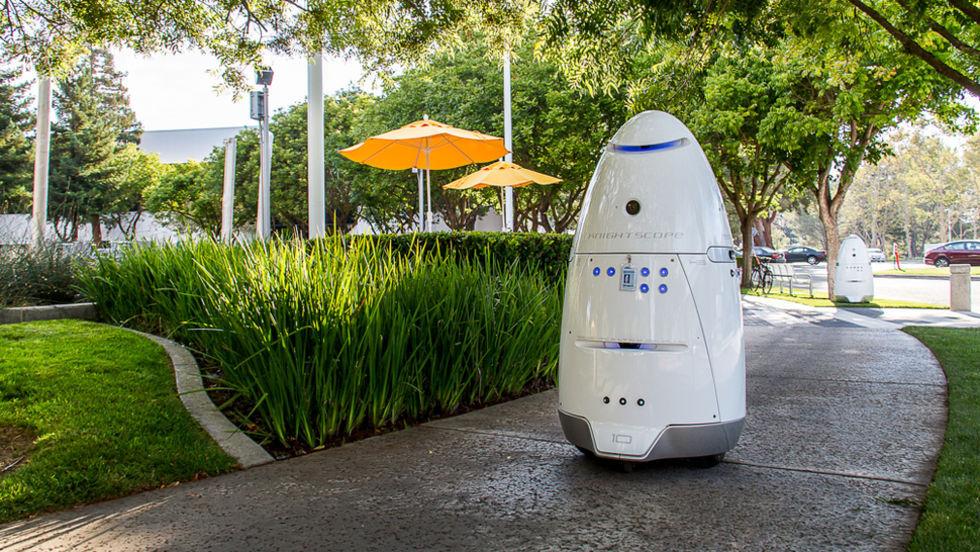 Robot som jagade hemlösa pensioneras