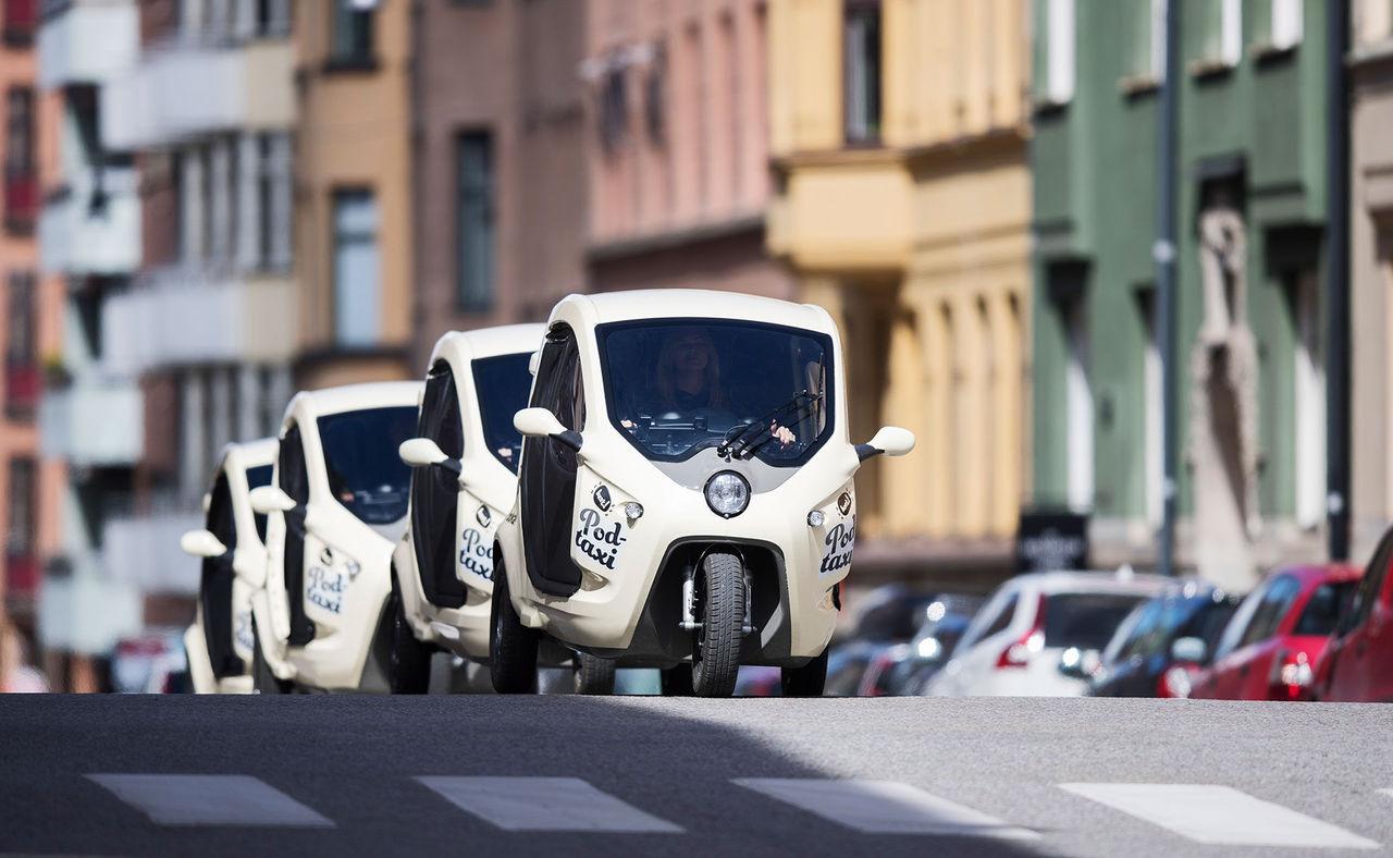 Bzzt dubblerar verksamheten i Stockholm