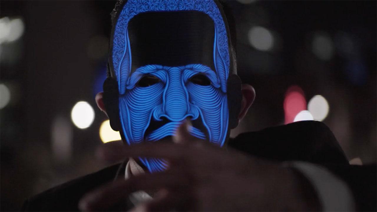 Upplysta ansiktsmasker som reagerar på ljud