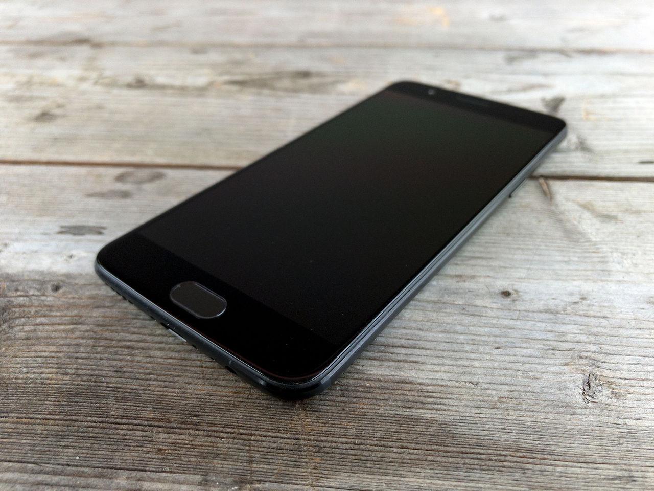 OnePlus 5 får Android Oreo och Face Unlock