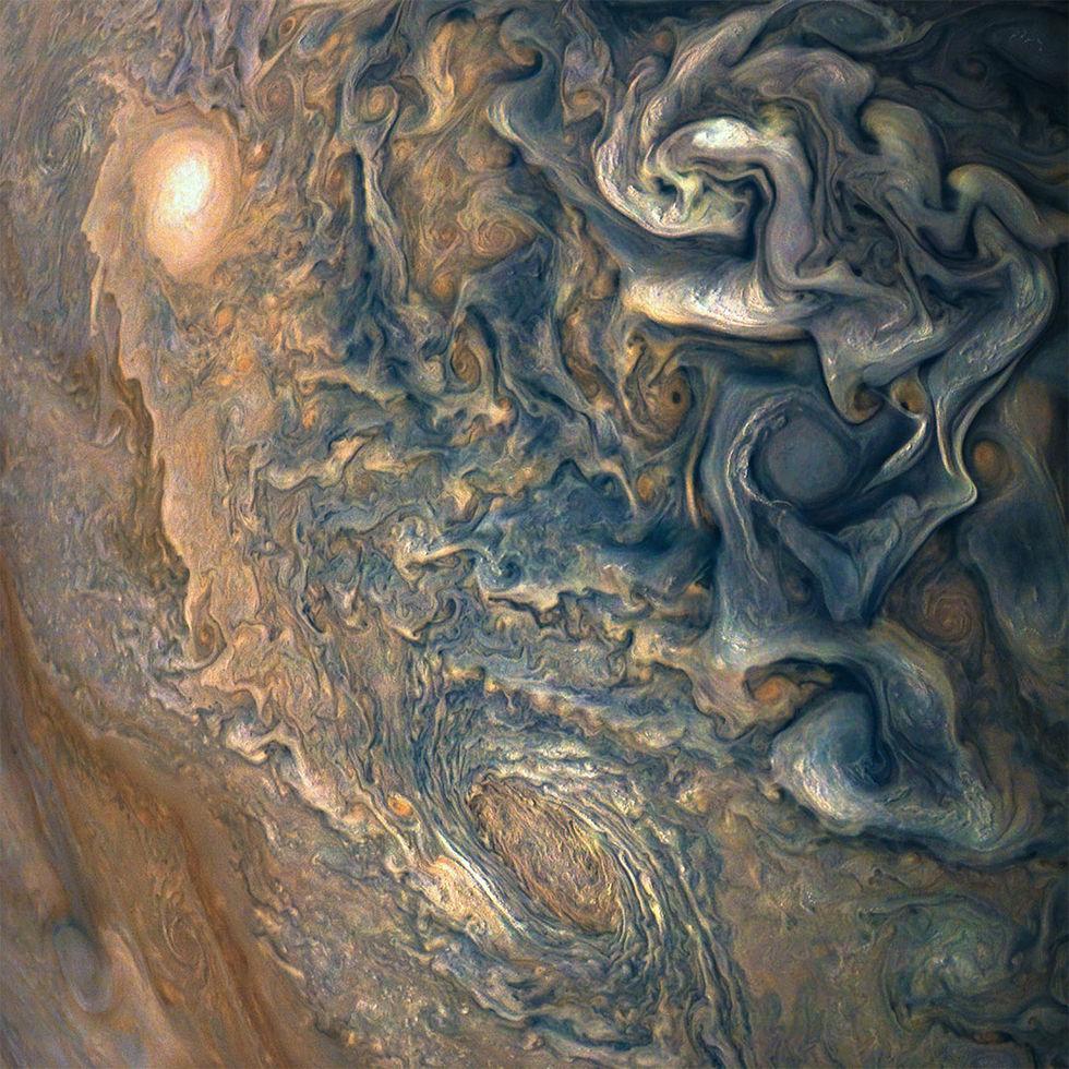 NASAs foto på Jupiter är som en målning