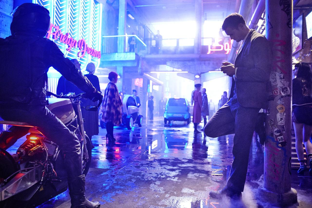 Duncan Jones Mute har premiär 23 februari