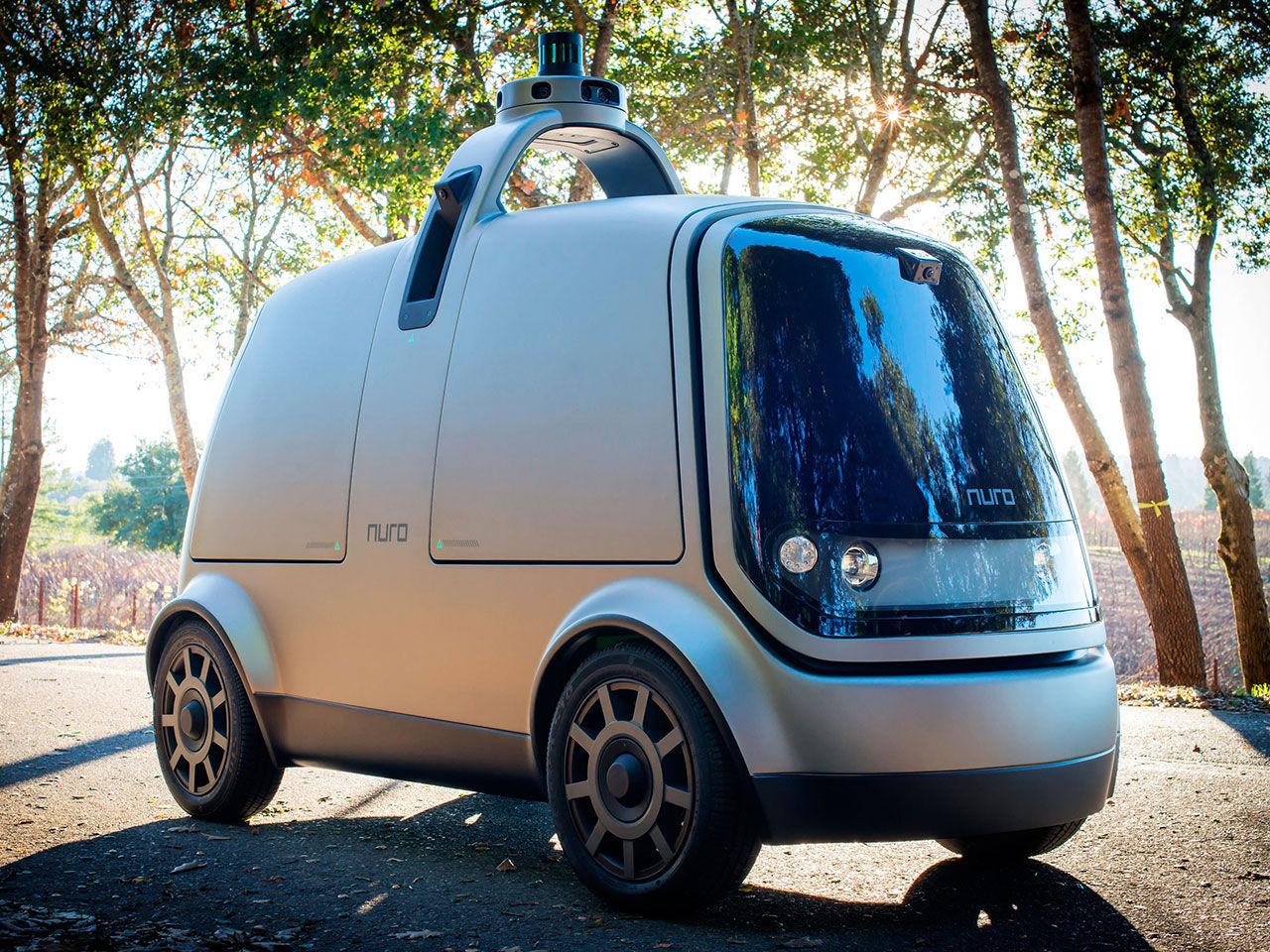 Före detta Google-ingenjörer visar självkörande budbil