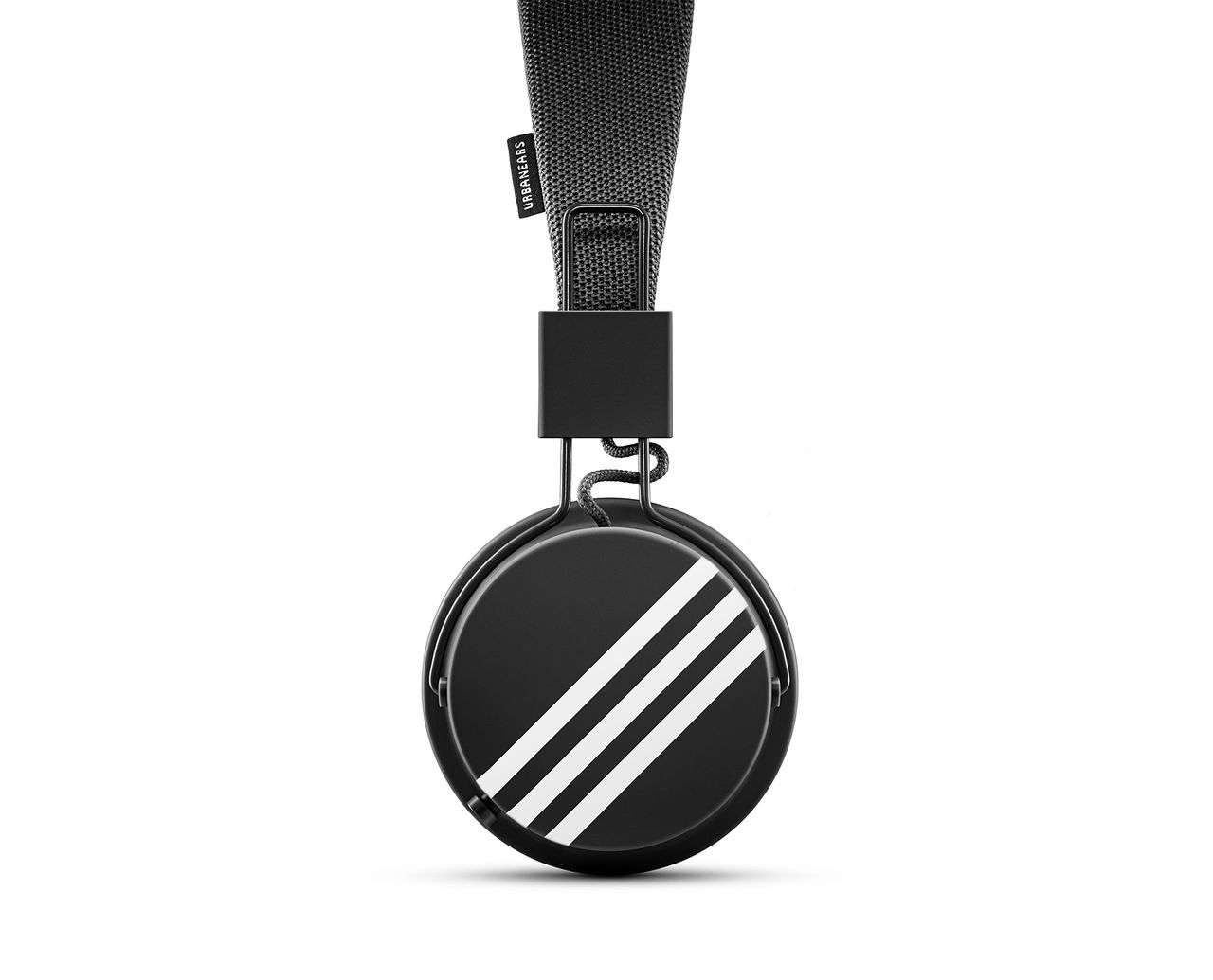 Zound industries ska göra hörlurar åt Adidas