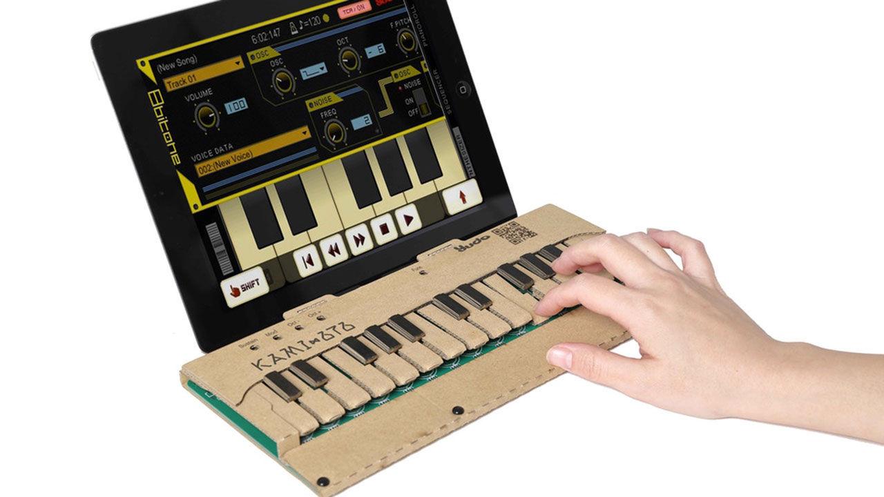 Klaviatur i kartong