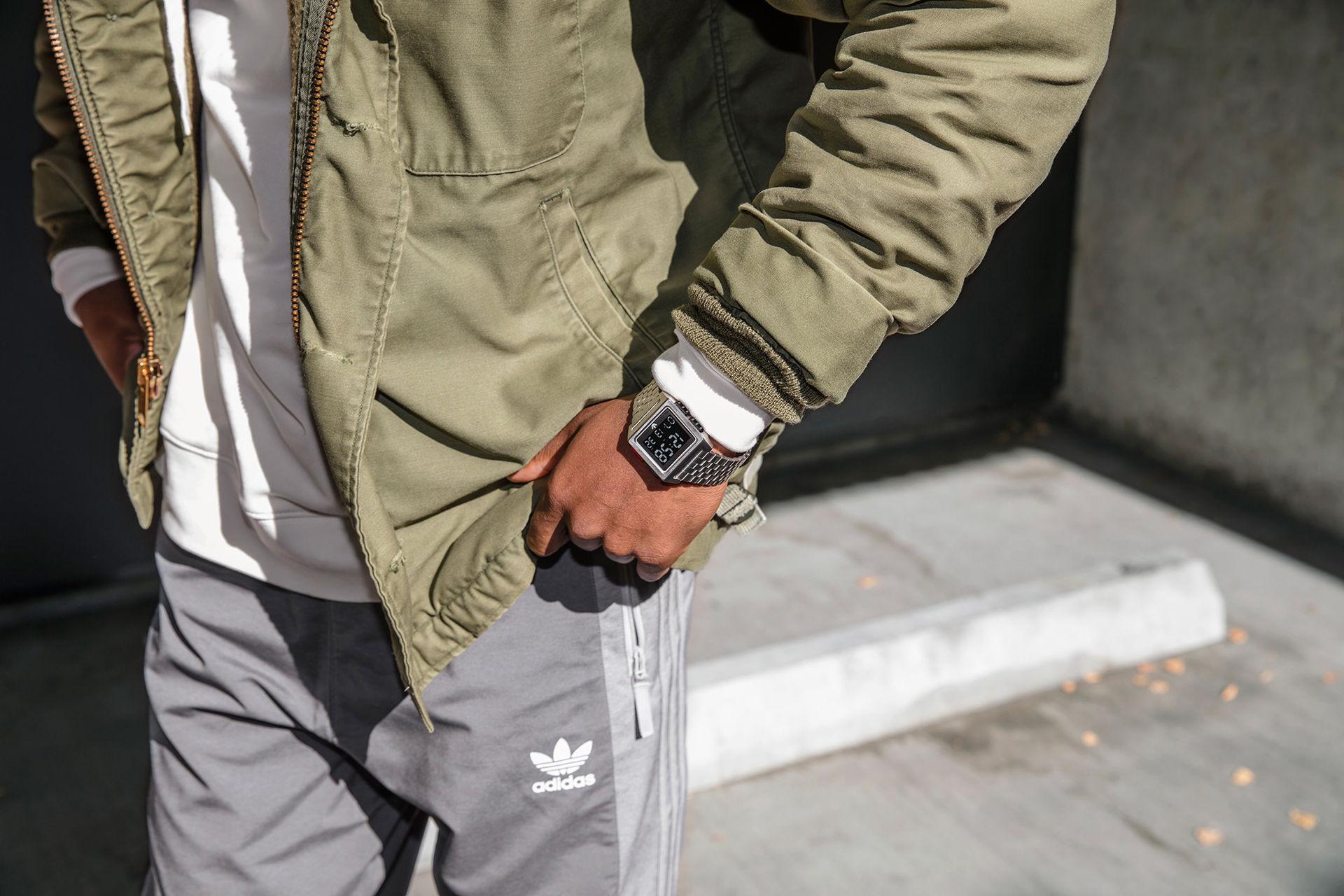 Nu kan du köpa Adidas Archive M1