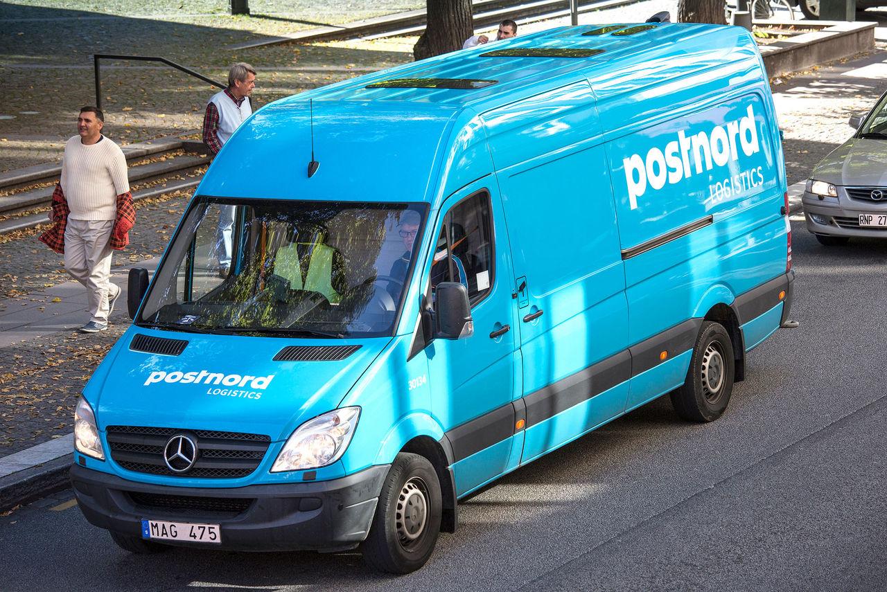 PostNords avgift blir minst 75 kronor + moms