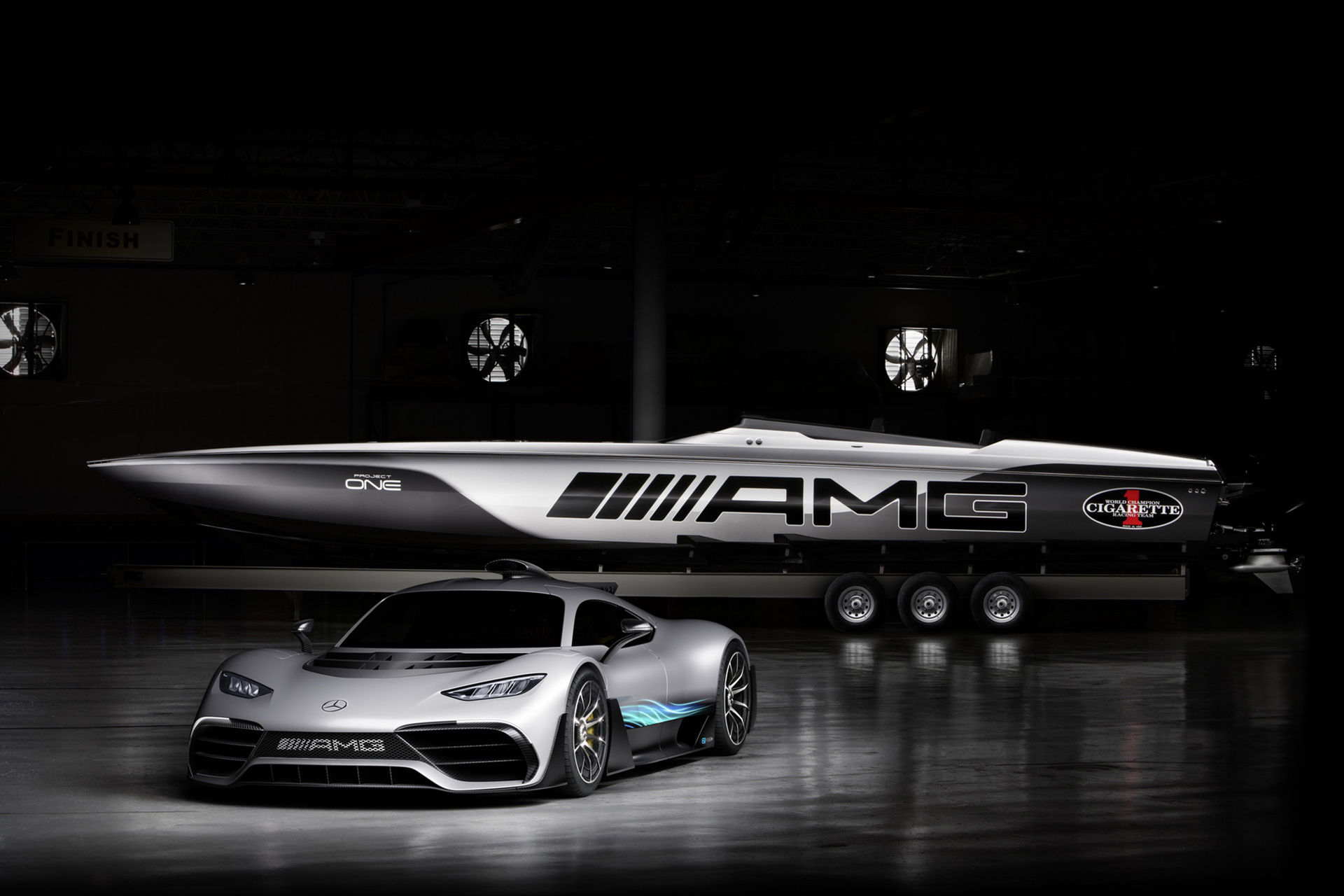 Cigarette Racings senaste Mercedes-båt är här