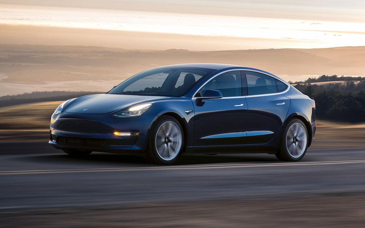 Elon ska fixa säkerhetsbrister i Tesla Model 3