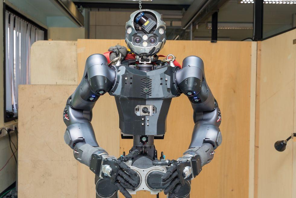 Walk-man är en italiensk räddningsrobot