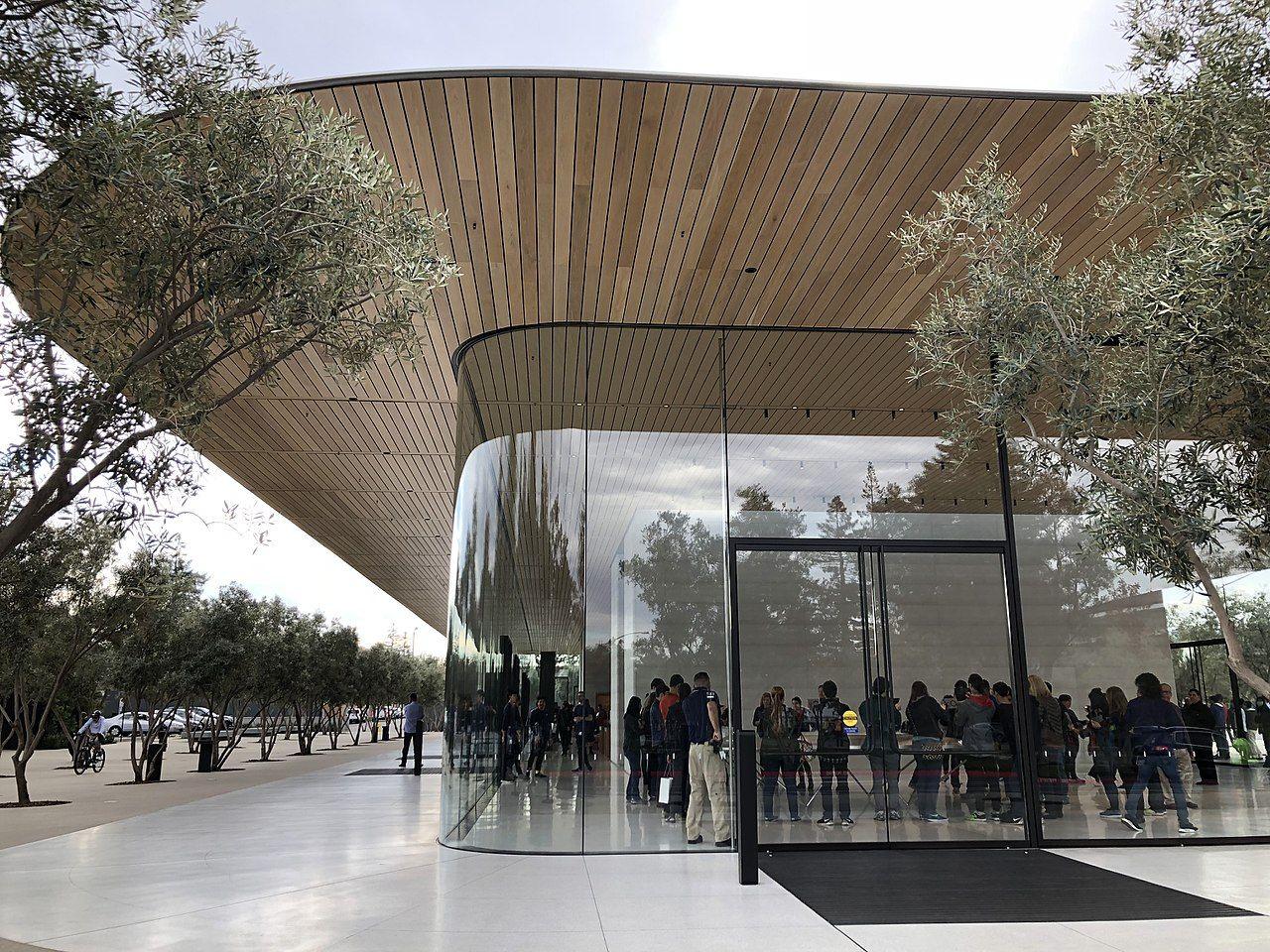 Apple öppnar vårdcentraler