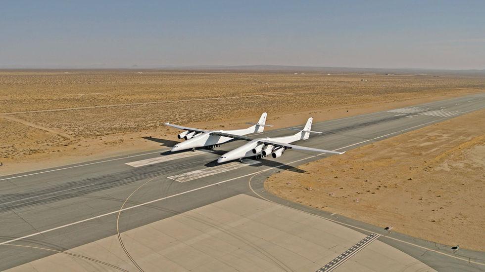 Världens största flygplan testat igen