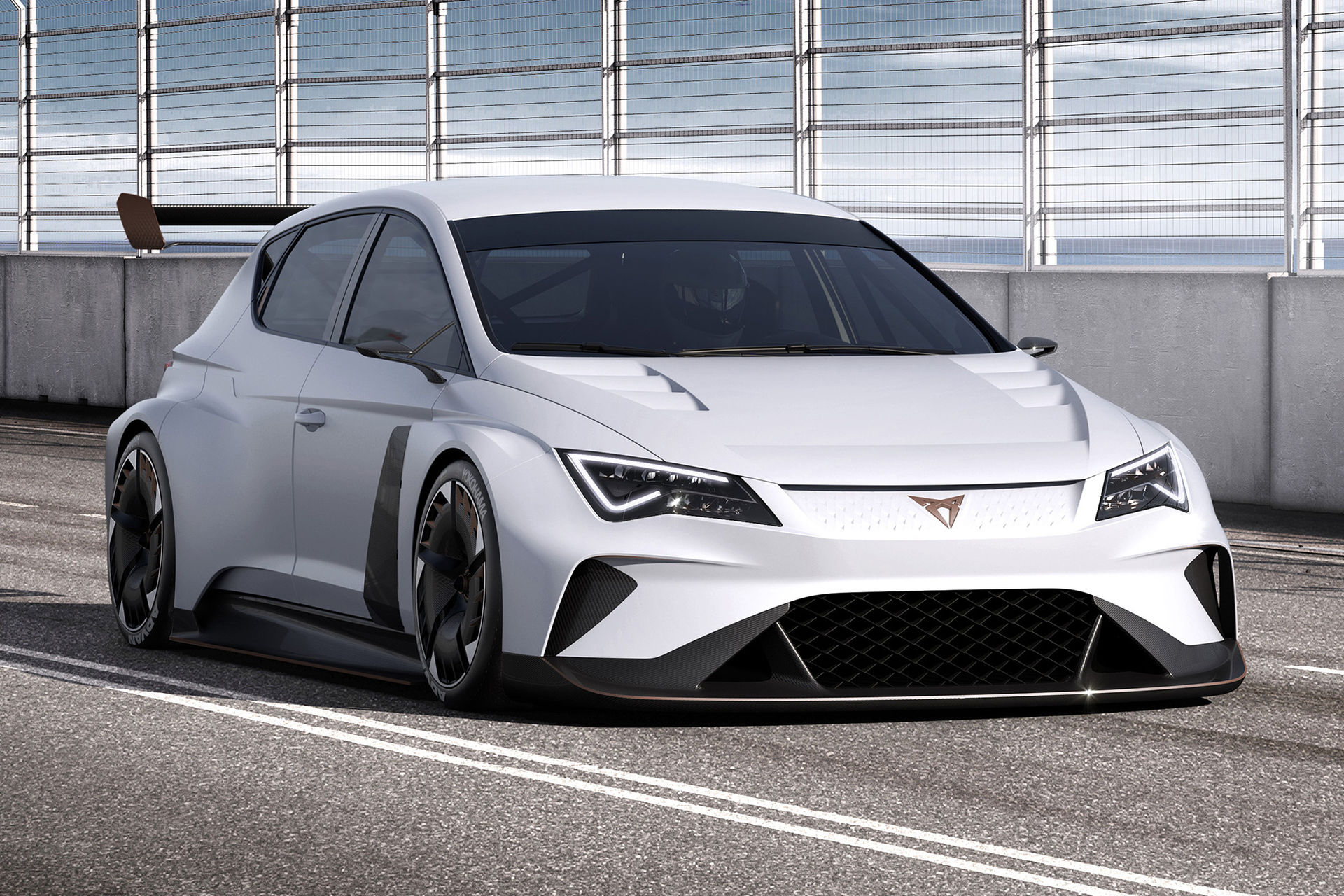 e-Racer är världens första eldrivna standardvagnsracerbil