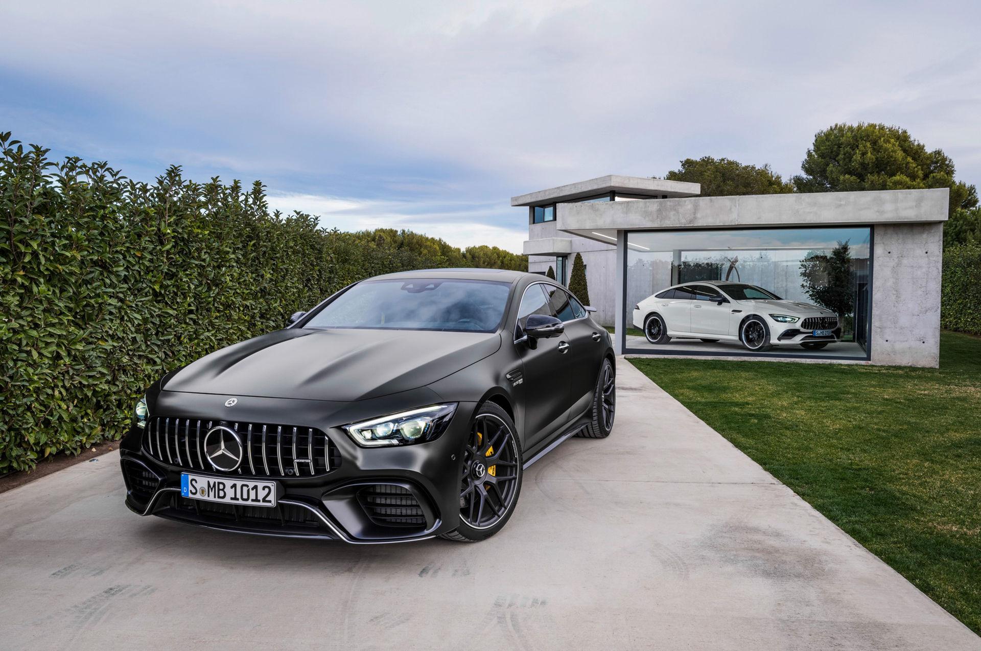 Nu finns Mercedes AMG GT även med fyra dörrar