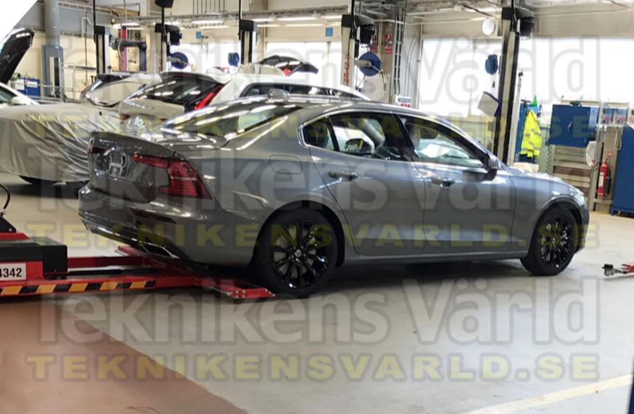 Nya Volvo S60 läcker ut
