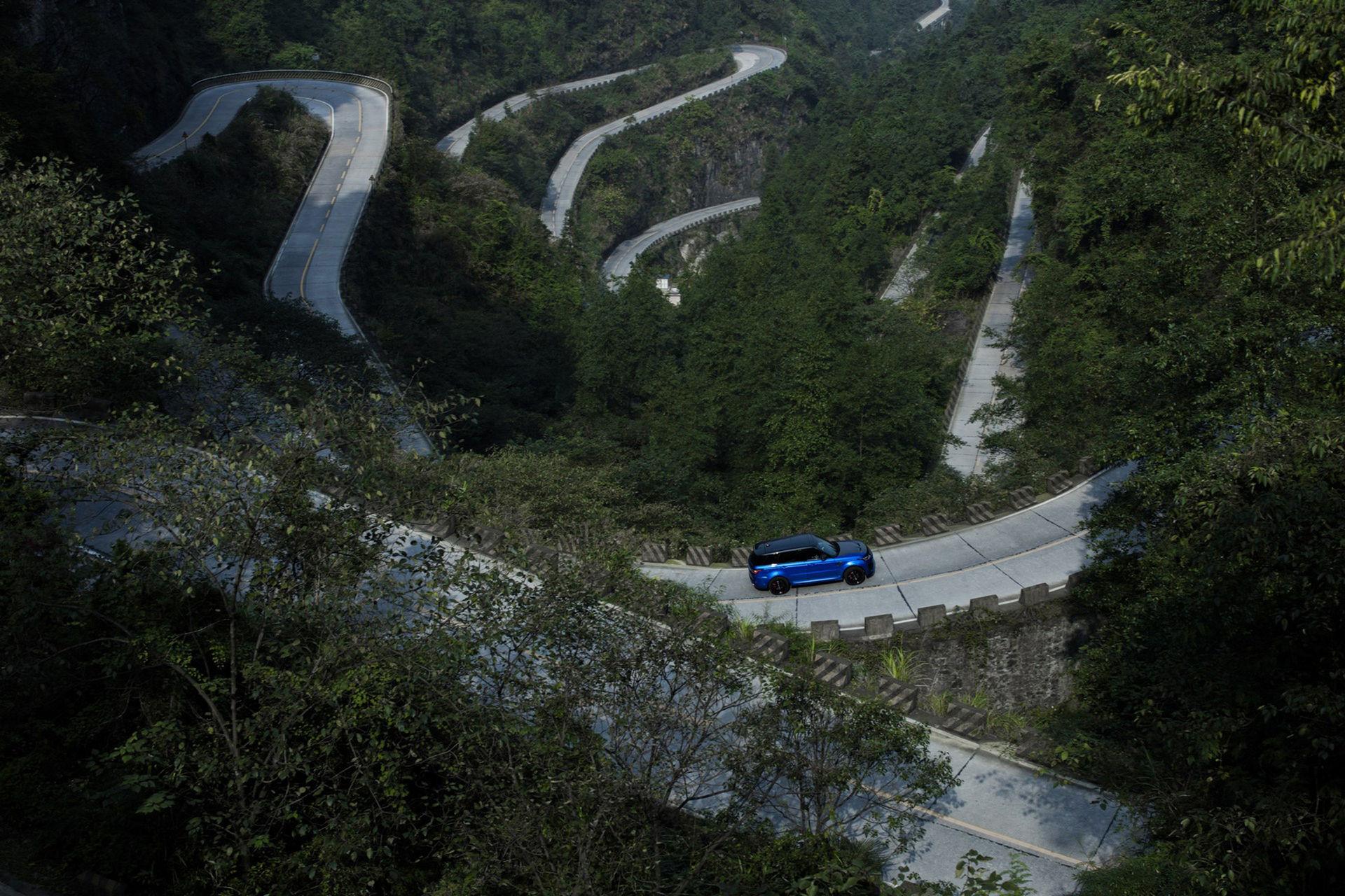 Range Rover Sport SVR slår rekord på Tianmen Road