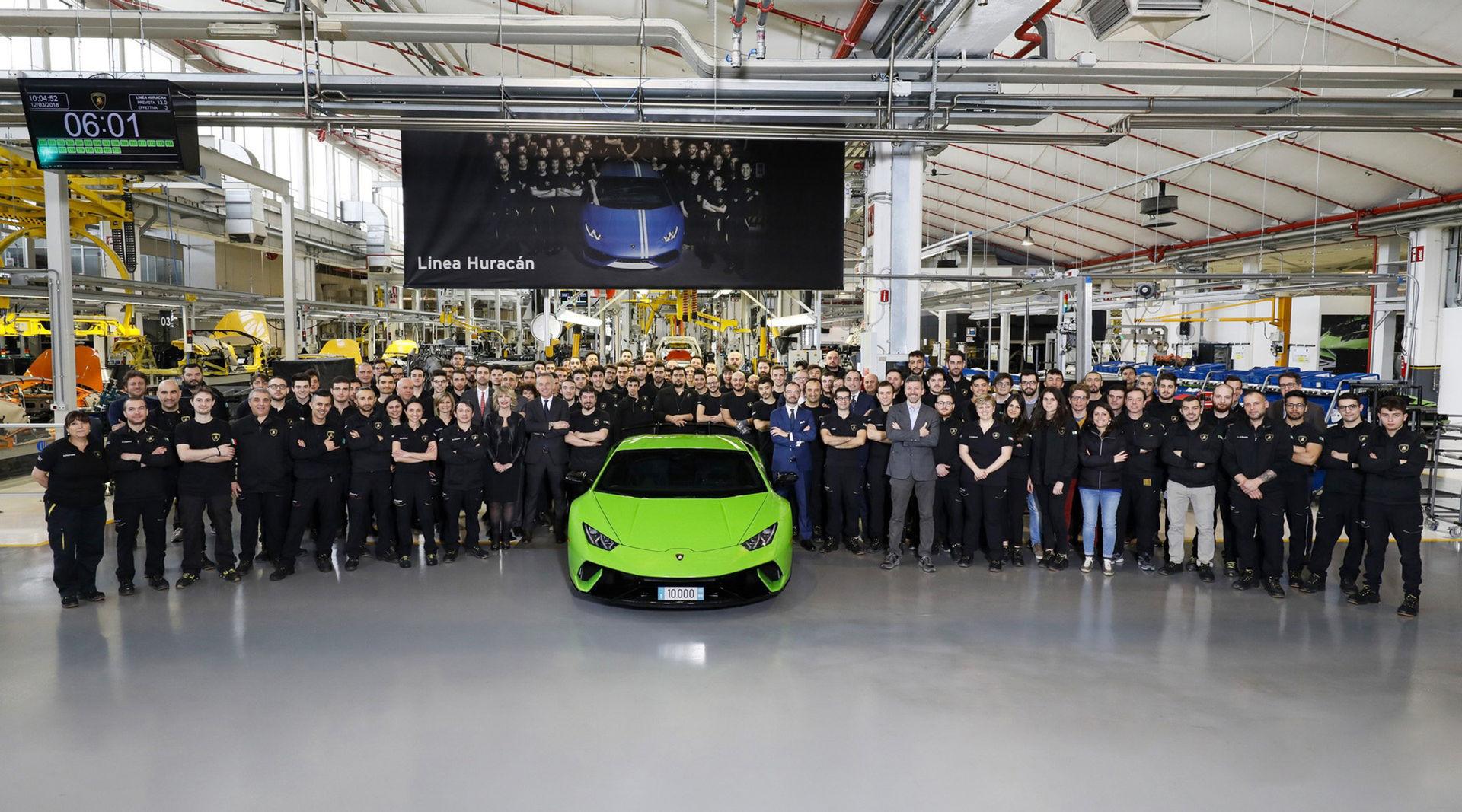 Lamborghini har nu skruvat ihop 10.000 stycken Huracán