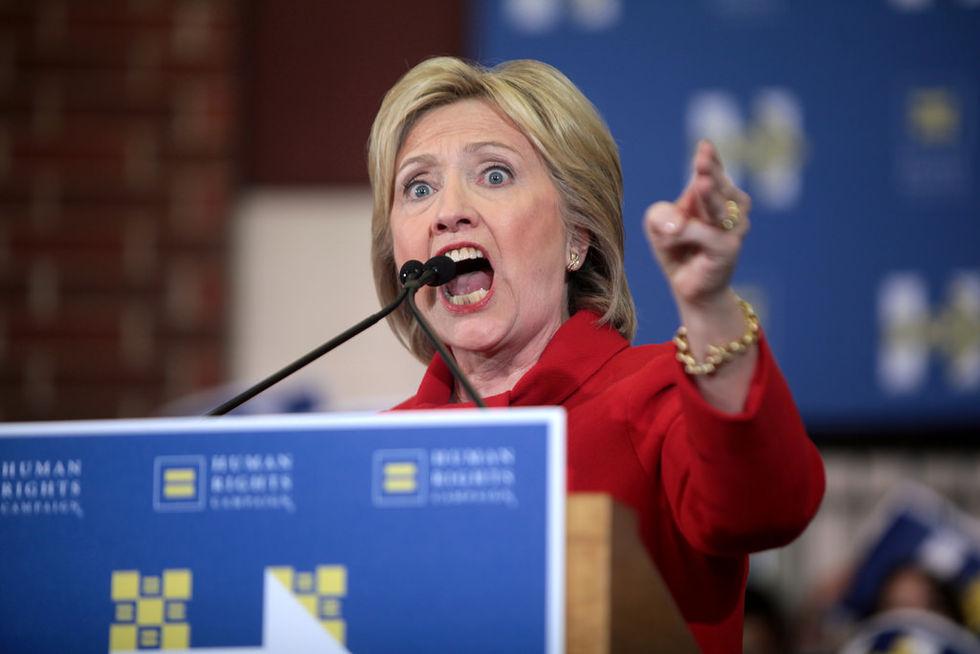 Hillary Clinton-mejl läcktes av rysk underrättelseofficer