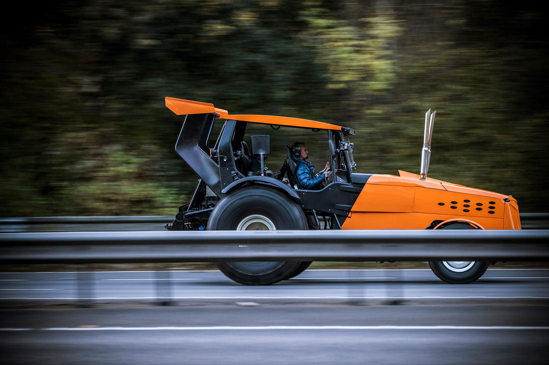 Top Gear har slagit nytt hastighetsrekord - med en traktor