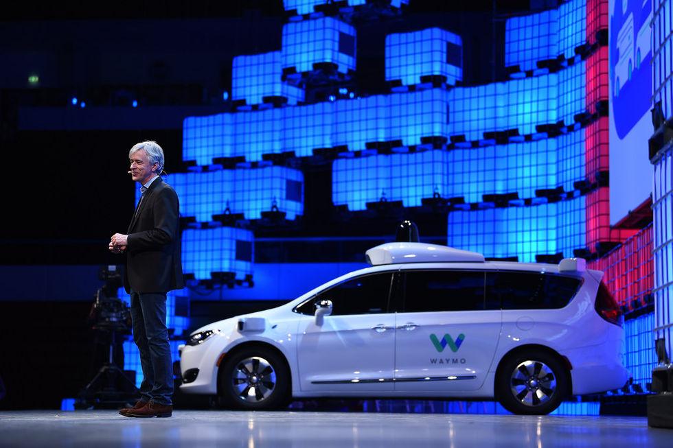 Waymo ryktas bygga bilar ihop med Honda