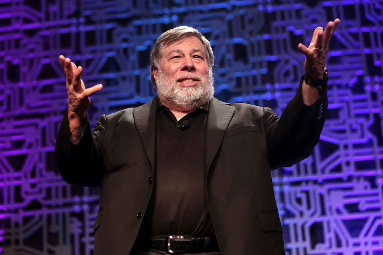 Steve Wozniak dissar också Facebook