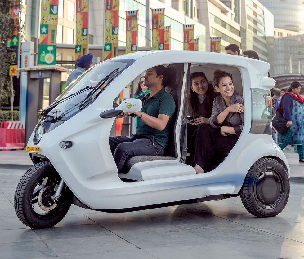 Svensk eltrehjuling åker till Indien