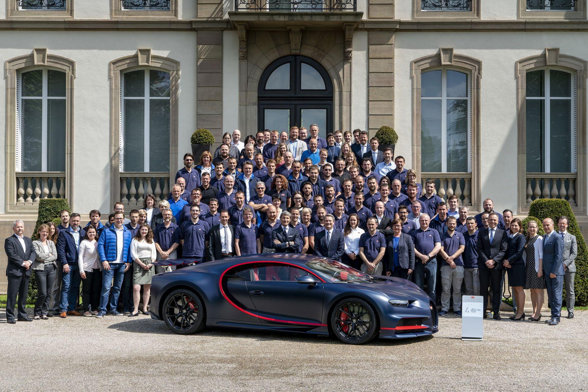 Bugatti har nu byggt 100 stycken Chiron