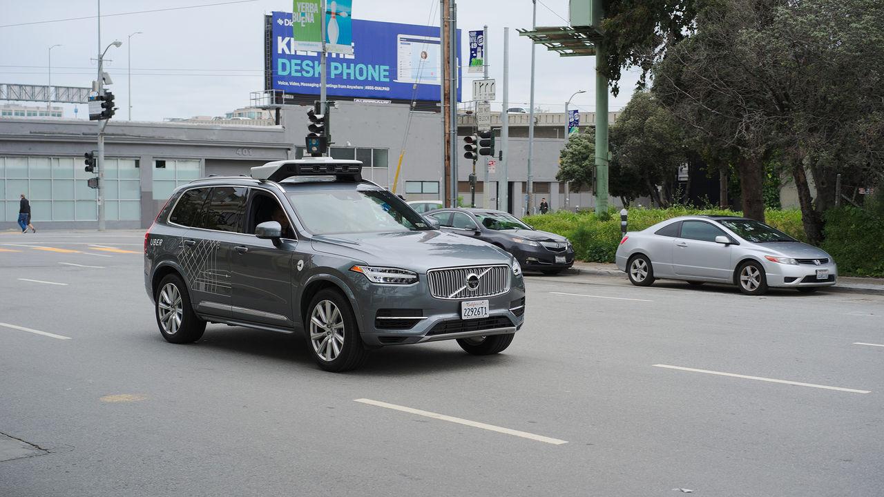 Uber slutar testa självkörande bilar i Arizona