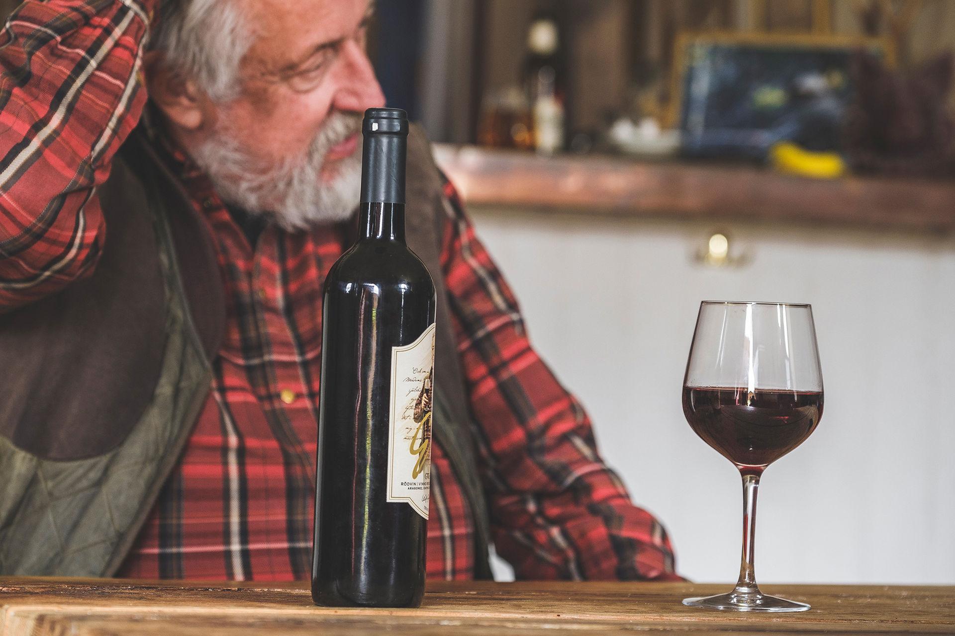 Leif GW Persson lanserar vin