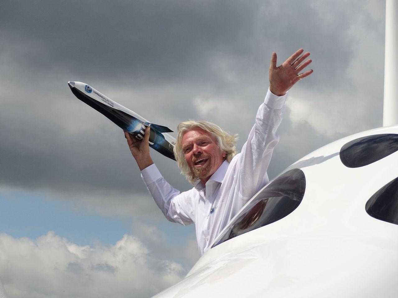 Richard Branson planerar att åka till rymden