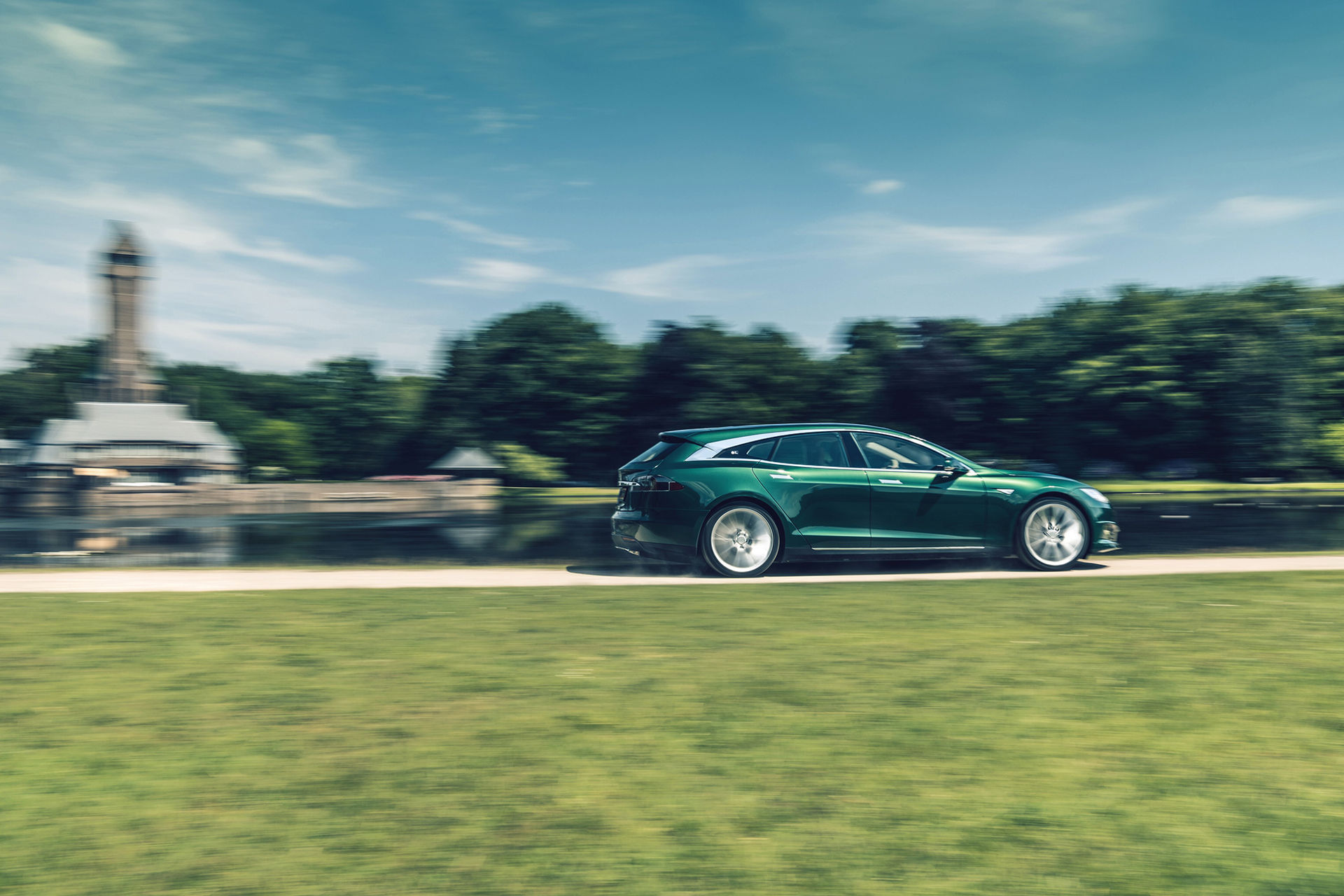 RemetzCar visar också kombi-version av Tesla Model S