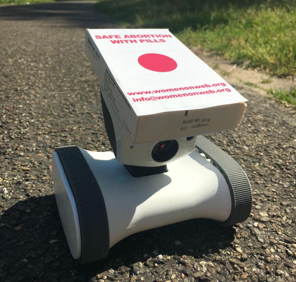 Robotar ska användas för att leverera abort-piller till Nordirland