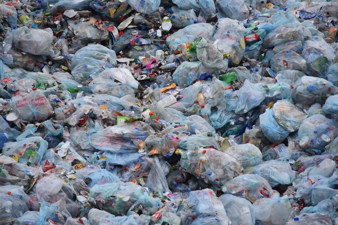 Vi köper allt färre plastpåsar