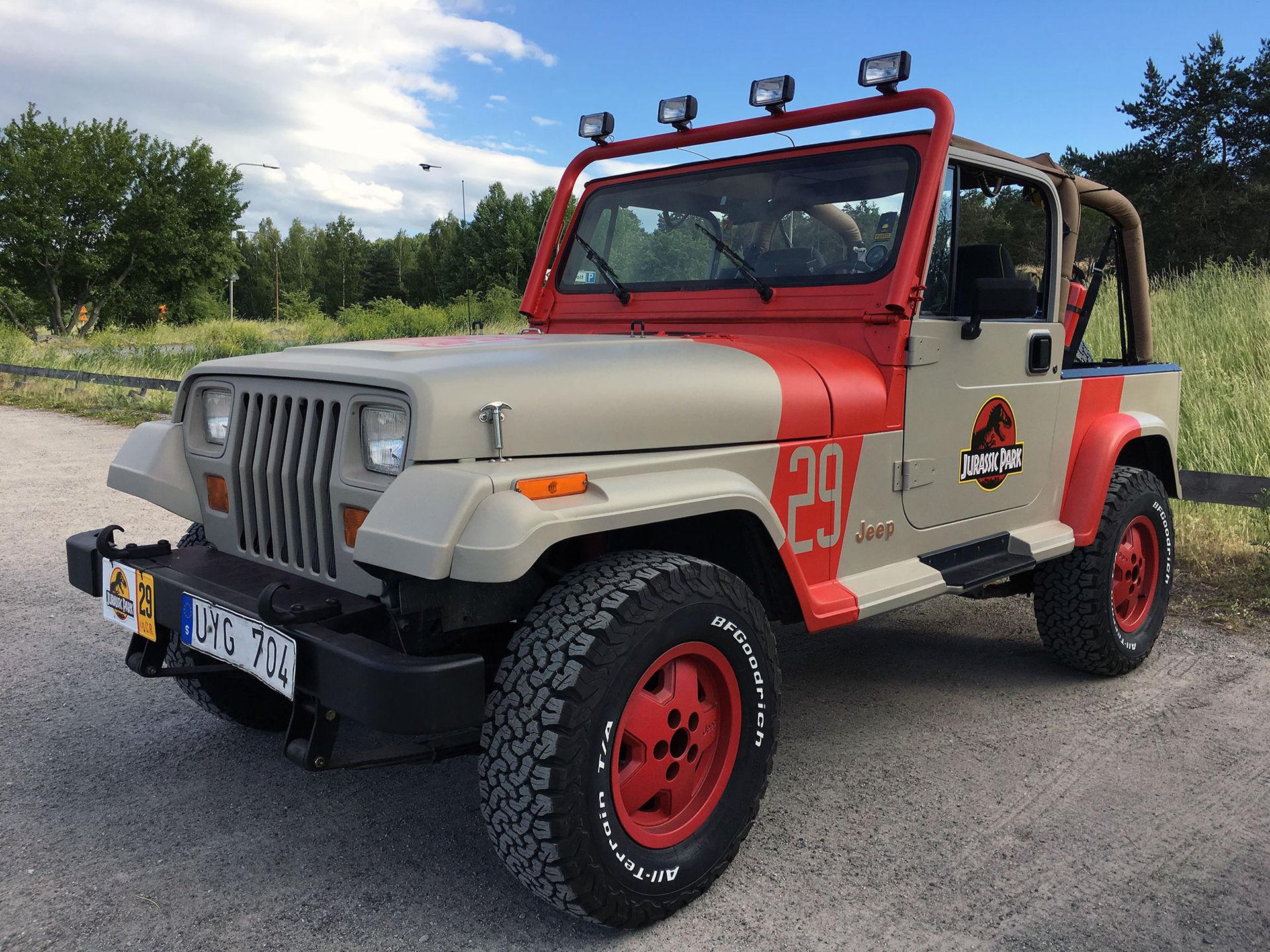 Zacke har fixat sin egen Jurassic-Jeep