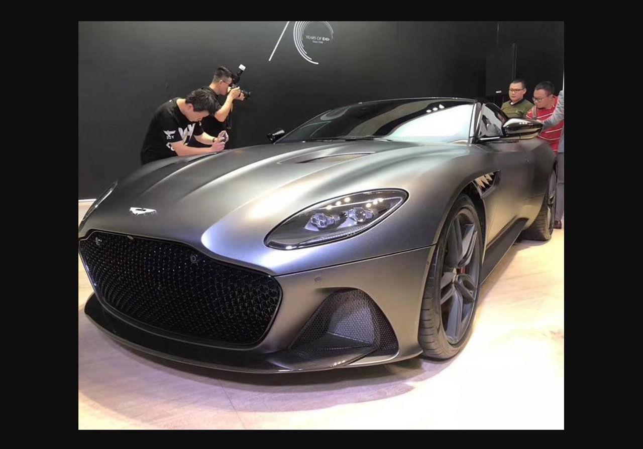Aston Martin DBS Superleggera läcker ut