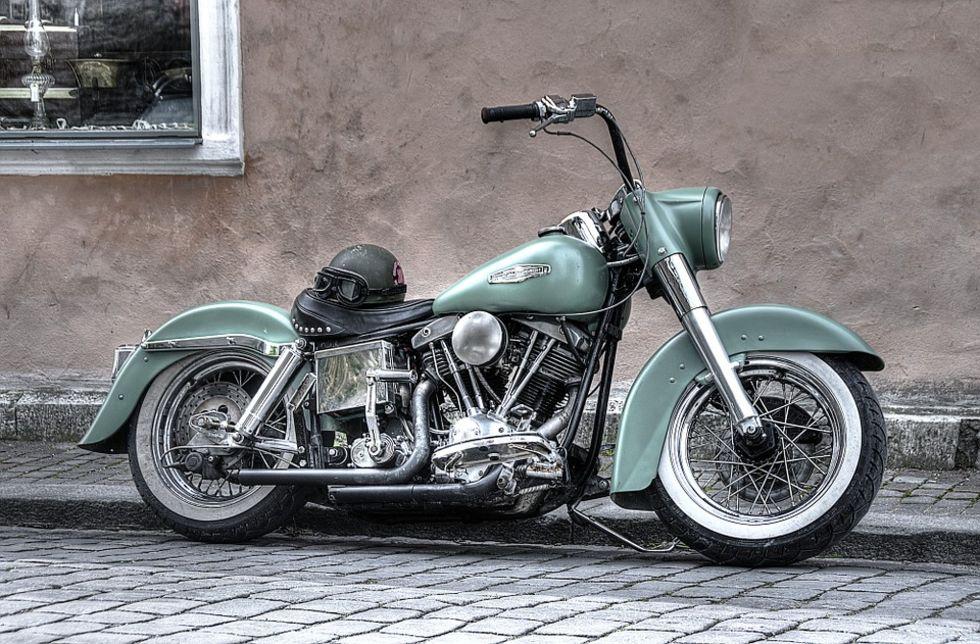 Harley-Davidson flyttar en del av produktionen från USA