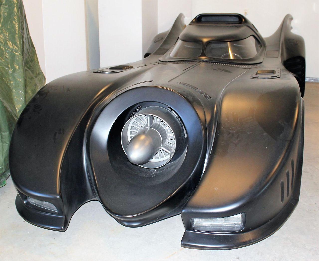 Kronofogdens auktion av en Batmobile avbruten