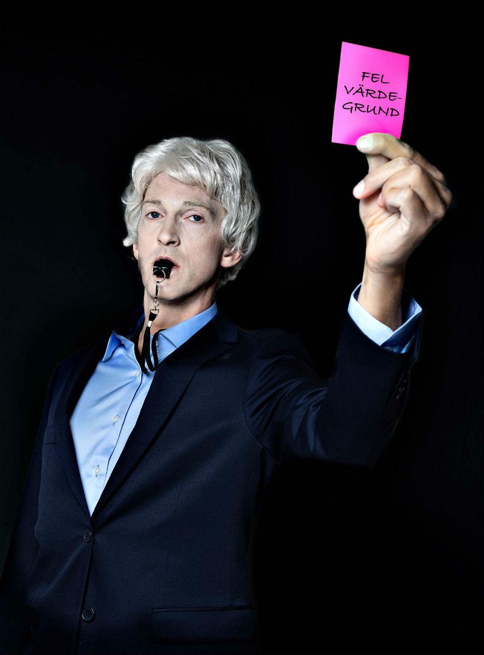 Julian Assange blir teater
