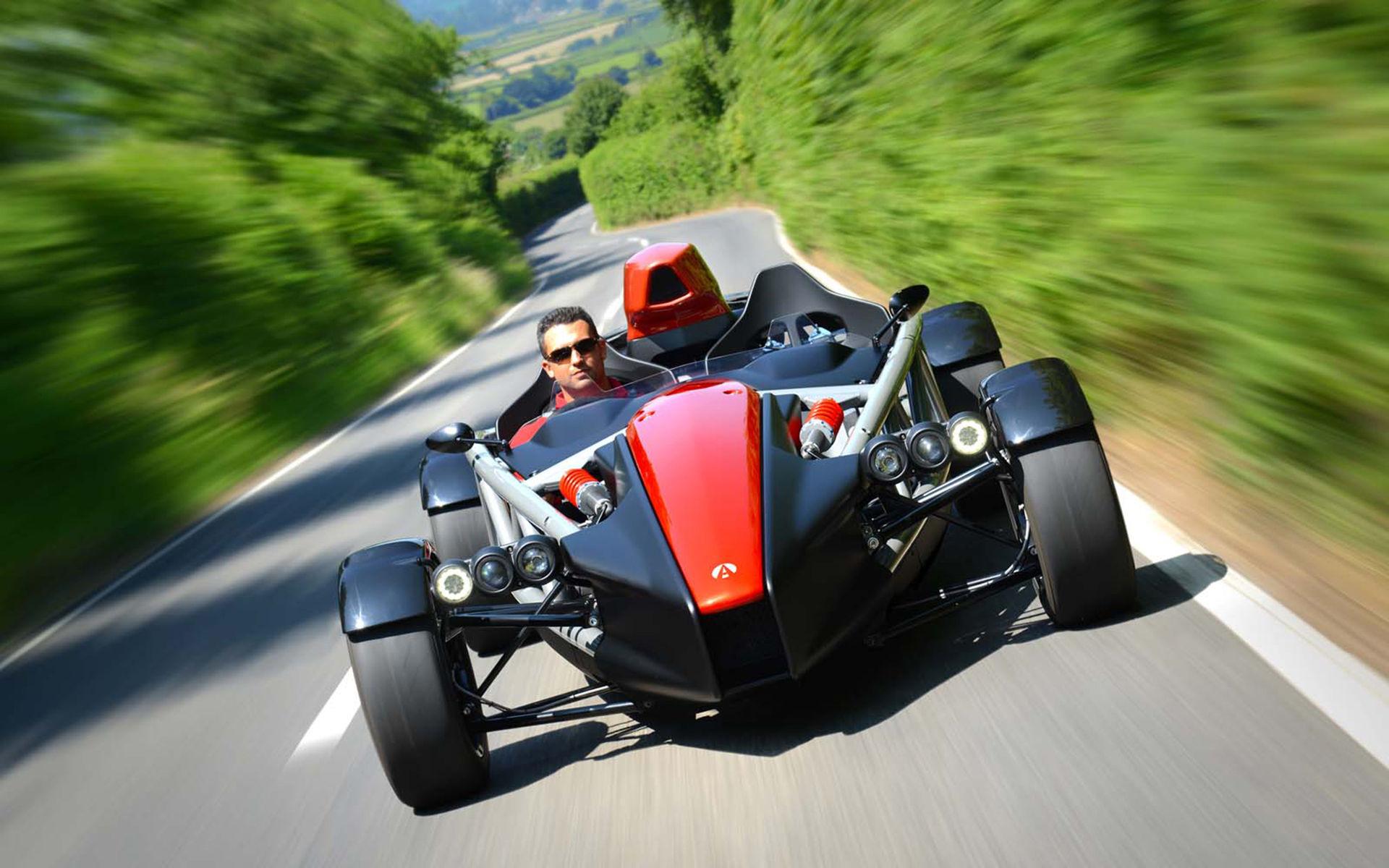 Ariel Motor Company rullar ut Atom 4