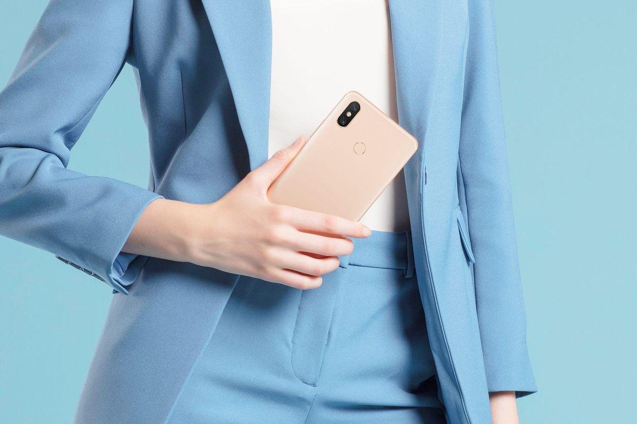 Xiaomi visar upp Mi Max 3