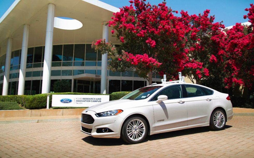 Ford startar företag för självkörande bilar