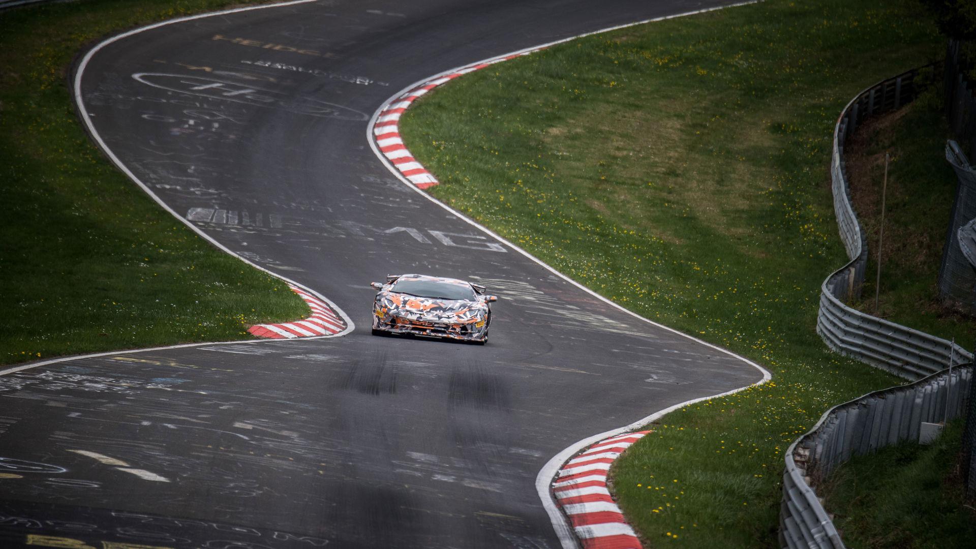 Lamborghini Aventador SVJ slår rekord runt Ringen