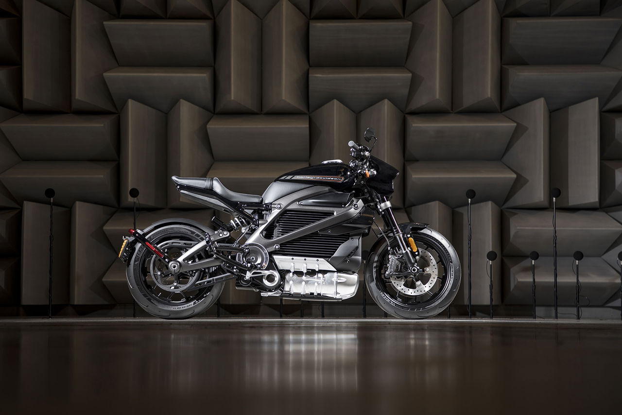 Harley-Davidsons elbåge kommer om ett år