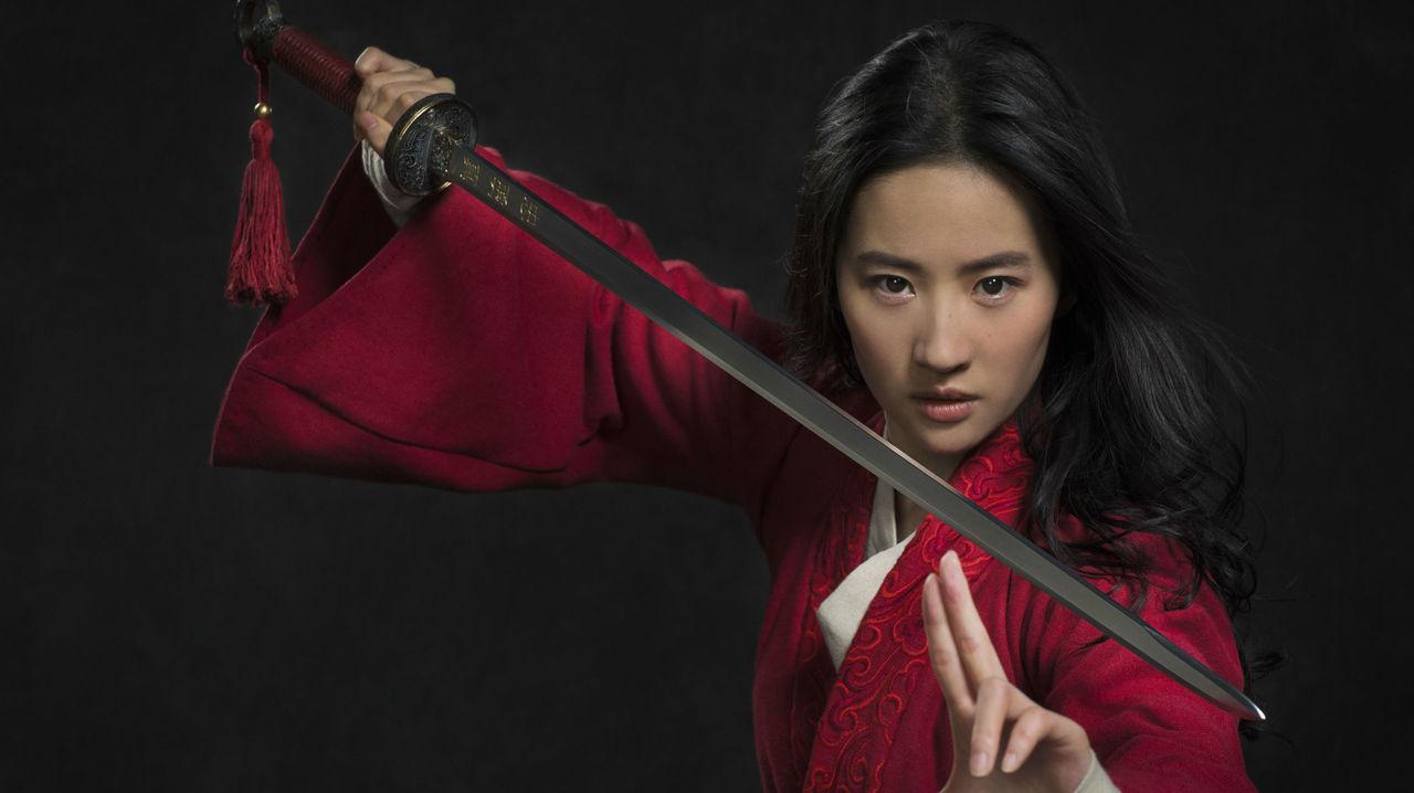 Första bilden på Liu Yife som Mulan