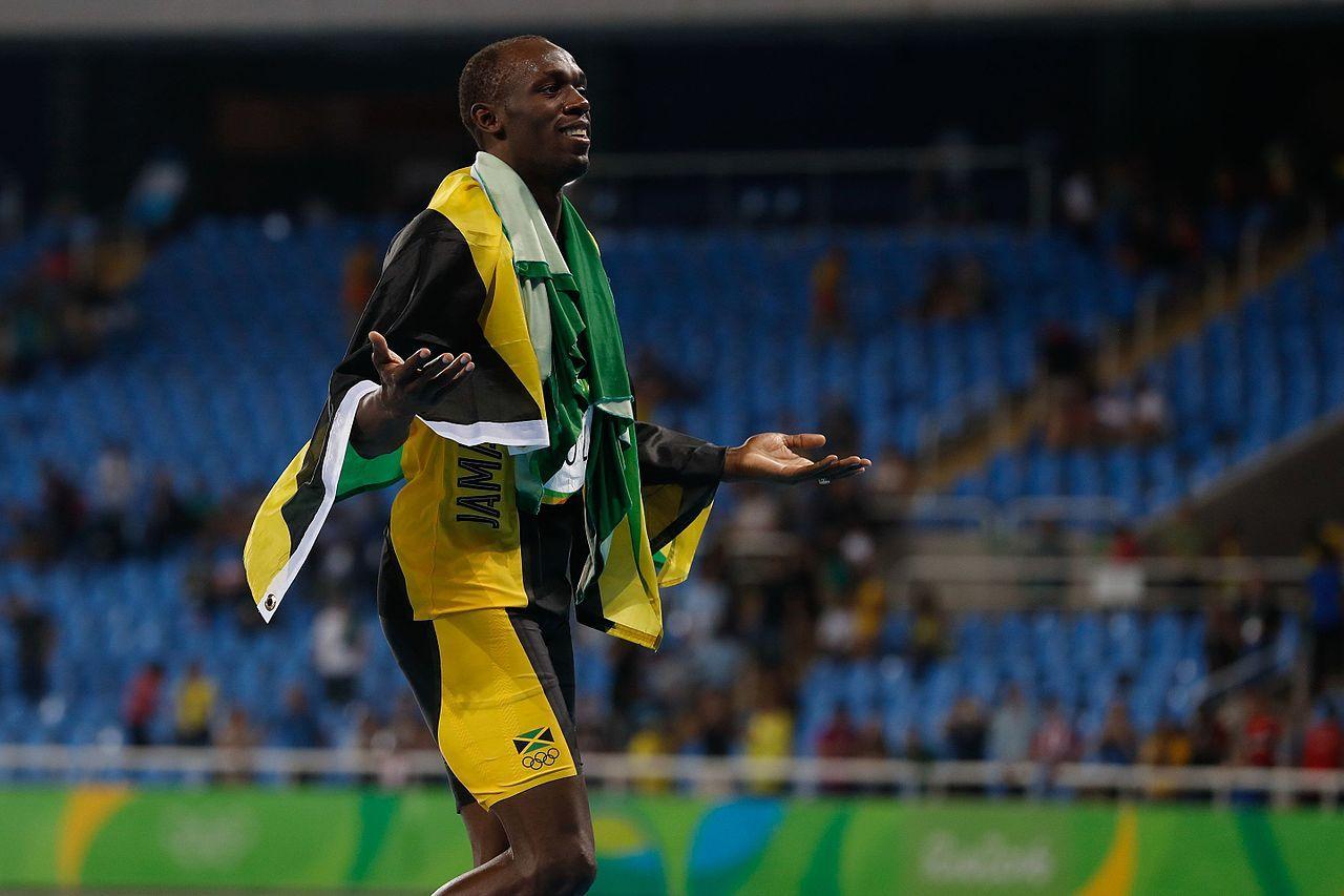 Usain Bolt testar fotboll i ett fjärde land