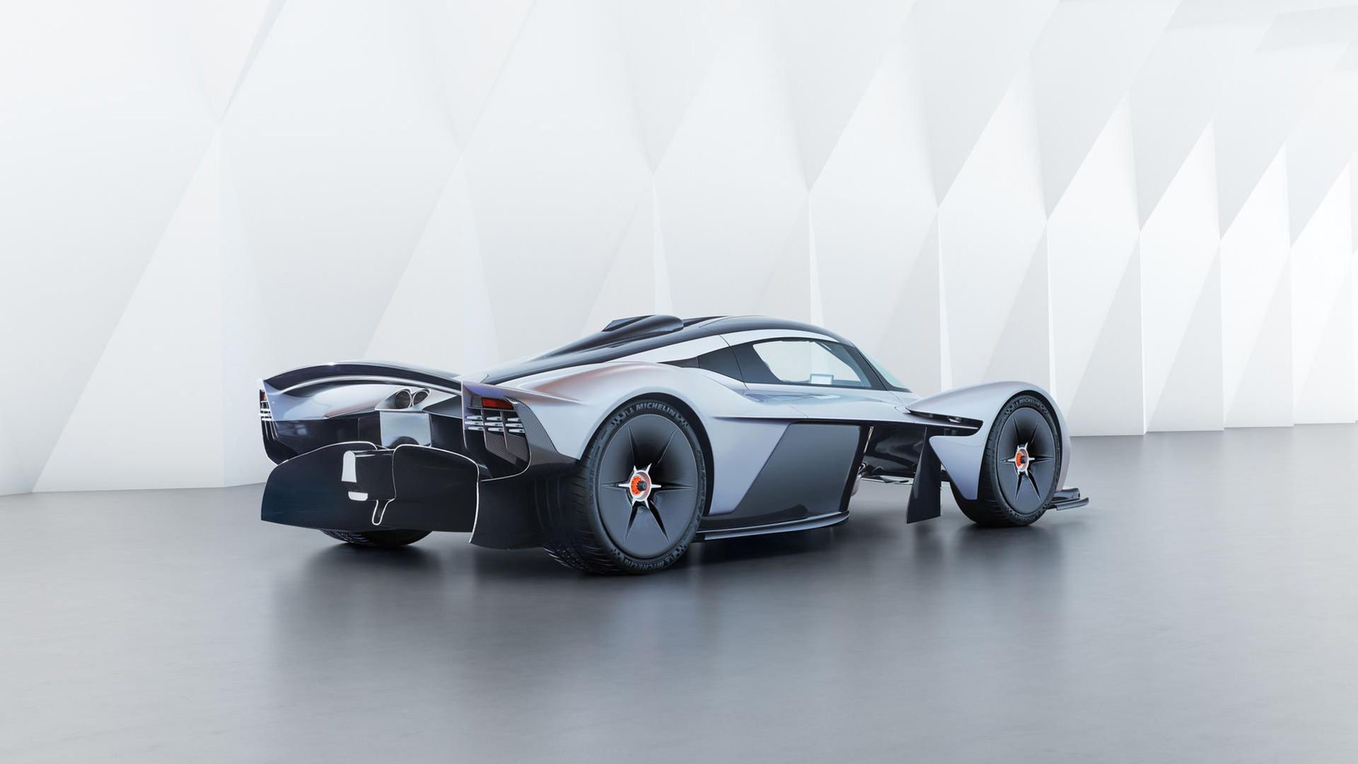 Effekten i Aston Martin Valkyrie är inget man skojar bort